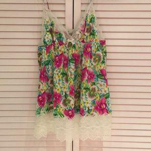 Victoria's Secret chemise/pj top floral w lace med